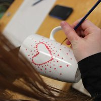 Peinture sur tasse